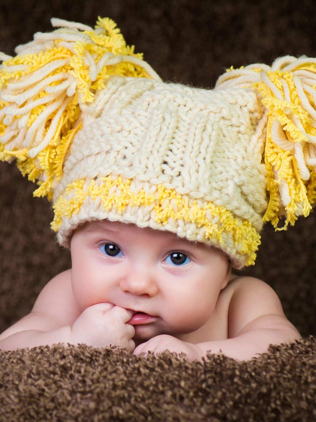 теперь младенцы в шапочках картинки рассказывает