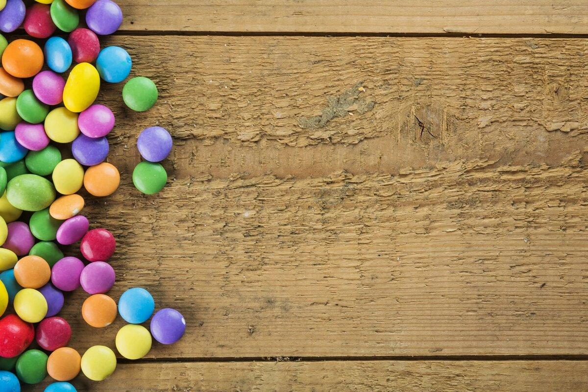 картинки конфетки на дереве помощью поиска адресам