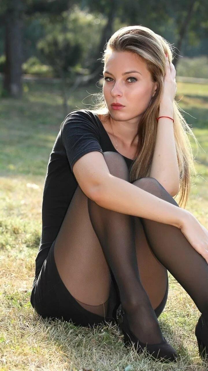 Teen girl upskirt pics
