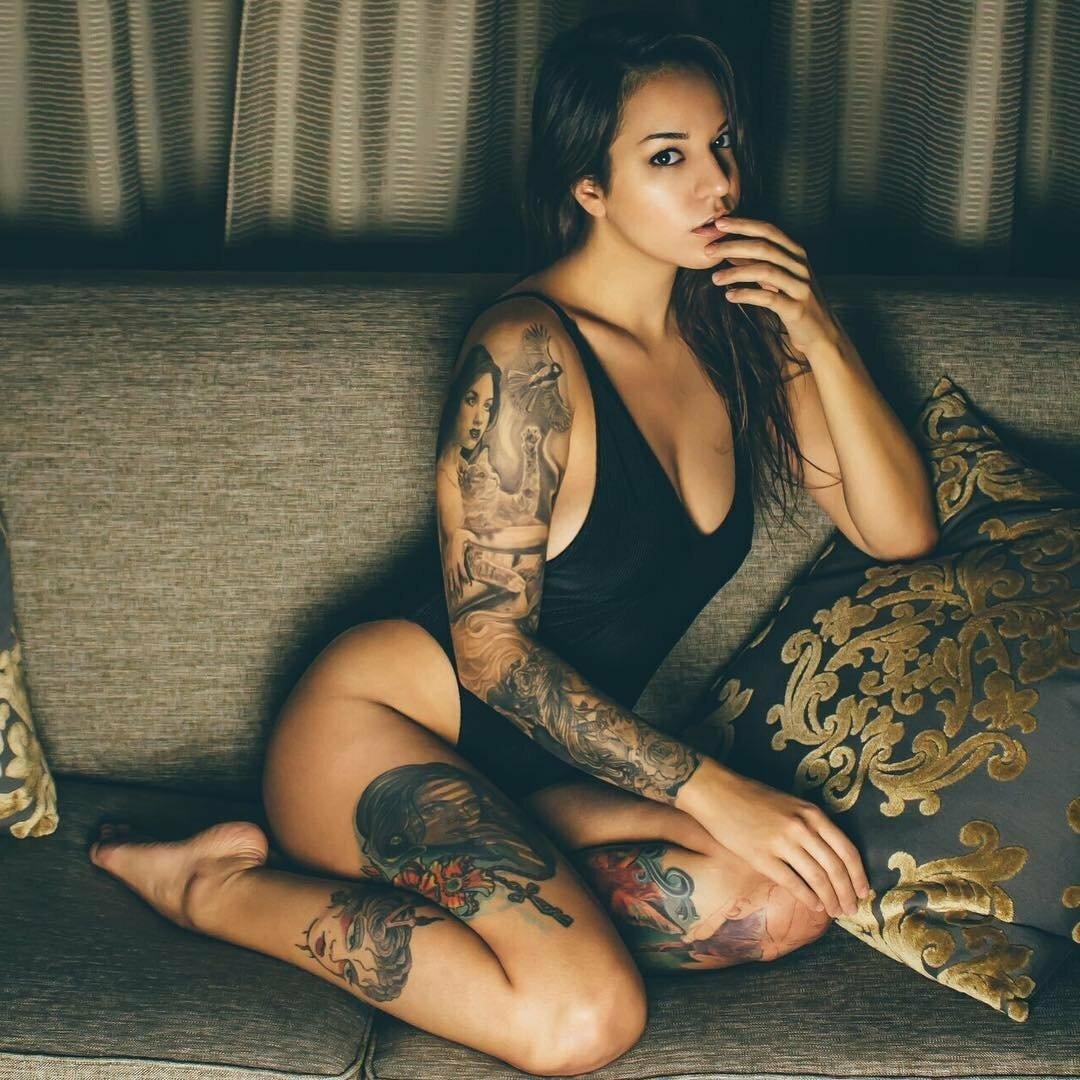 Tattooed girls video, clip video porno cote d ivoire