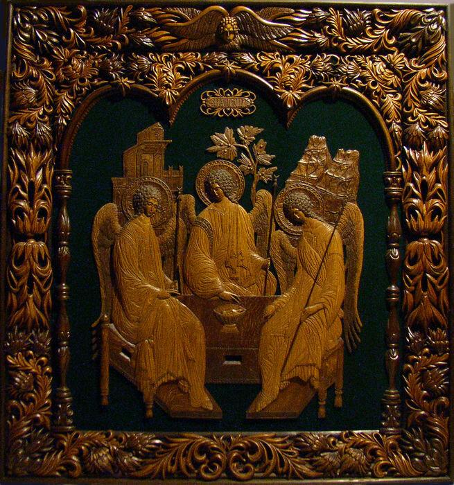 фото чудотворная икона святая троица парашют