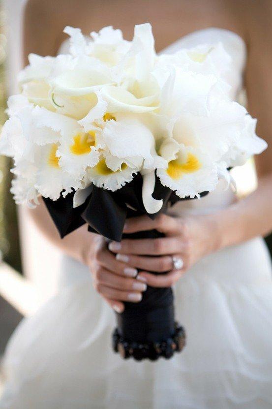 Букет подарить, белые орхидеи свадебный букет