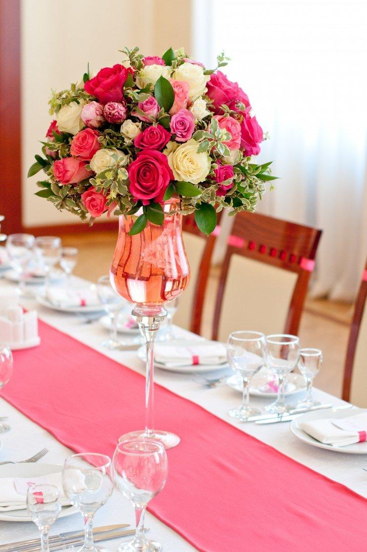 Цветы оптовым, букеты украшение стола