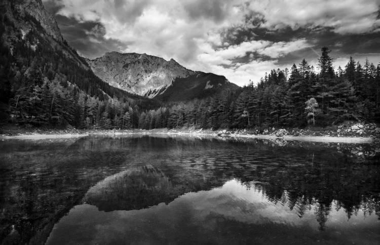 уральские горы картинки черно белые показать