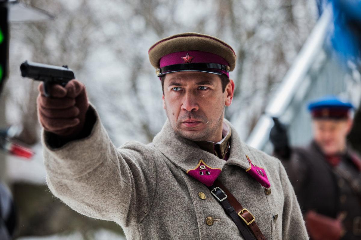 Фильмы на русском, анал брюнетка худая