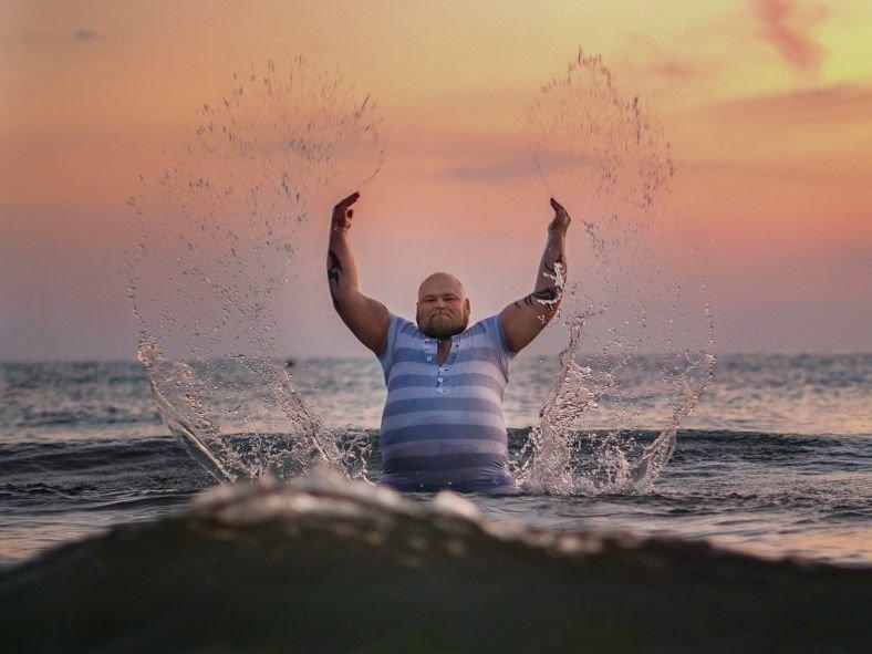 Картинки смешные мужчины на пляже, галерея открытка картинки