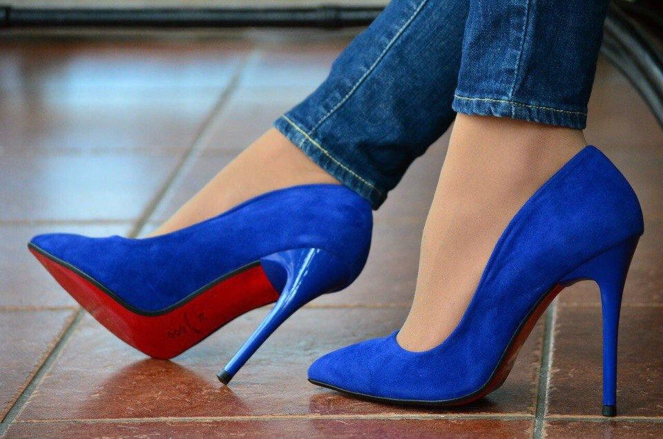синие туфли на каблуке картинки приборов