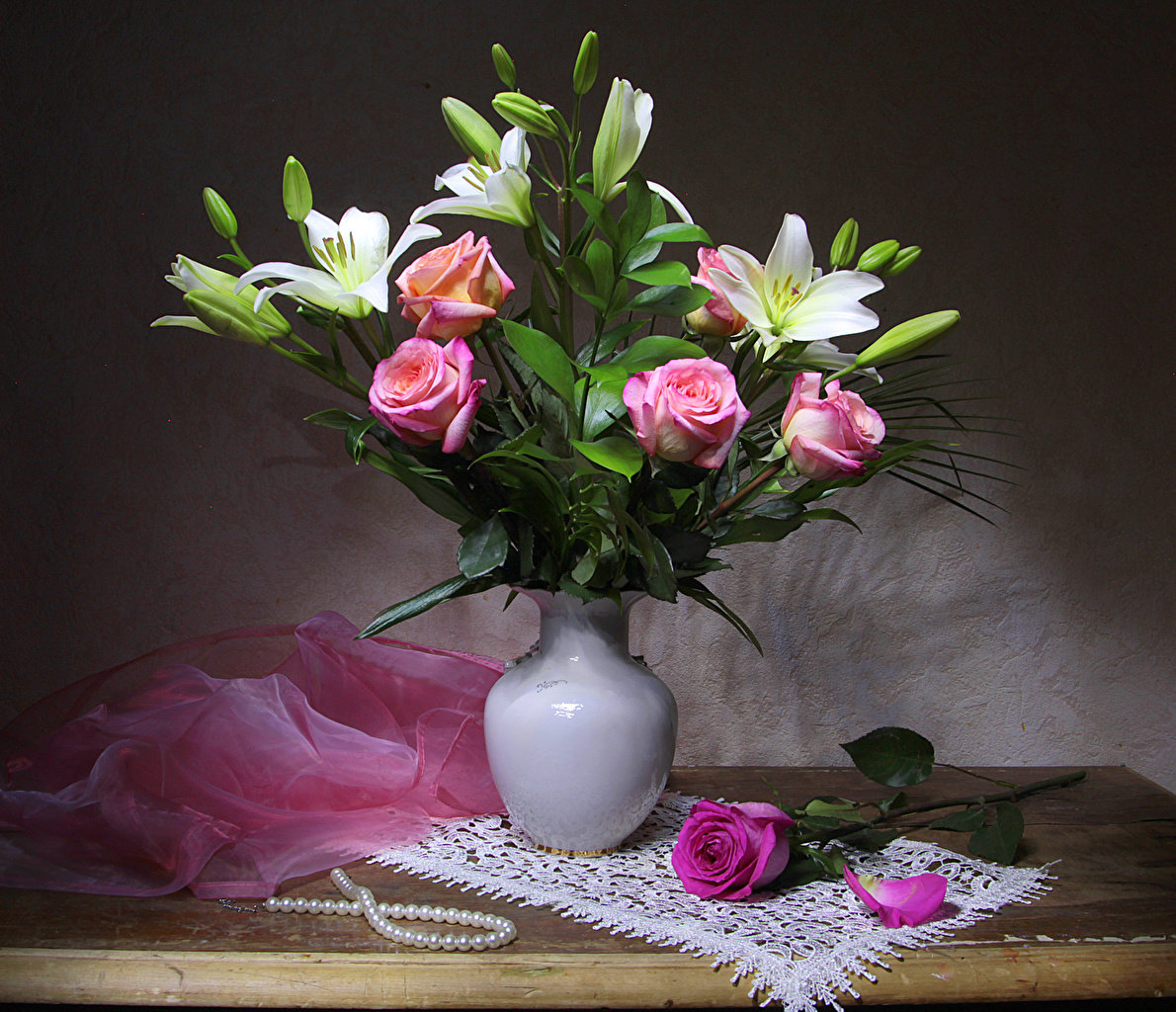 Картинки цветов в красивых вазах