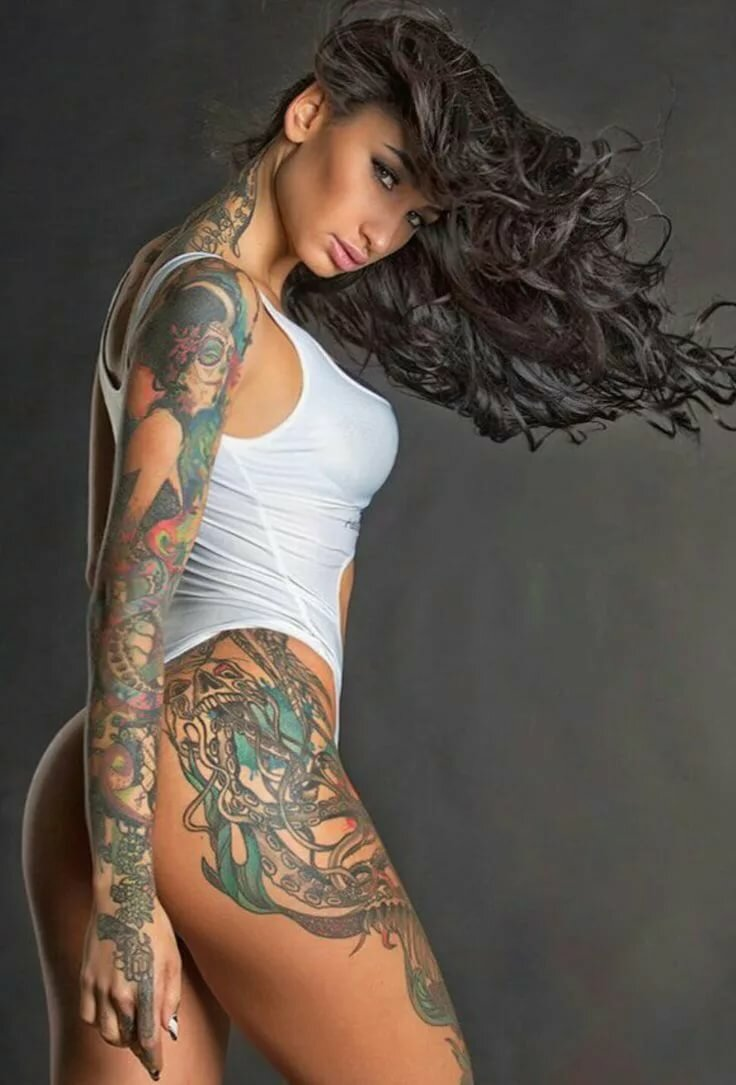 who-love-girls-tattoos-sexy