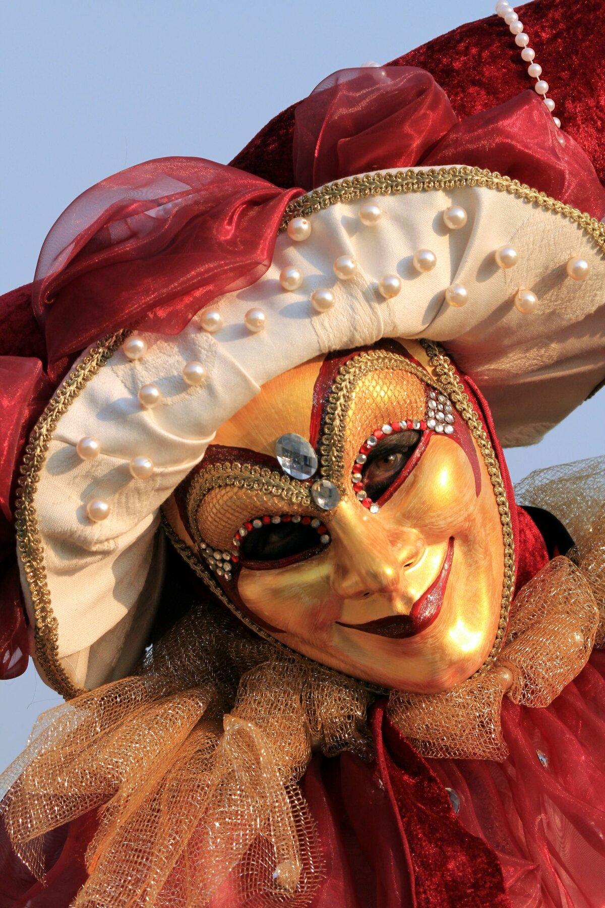 это фото сами венецианскую маску именно отчего
