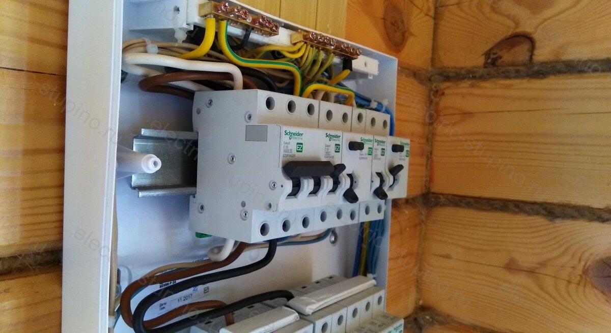 Установка  2 полюсного автоматического выключателя Schneider Electric Easy 9 C25