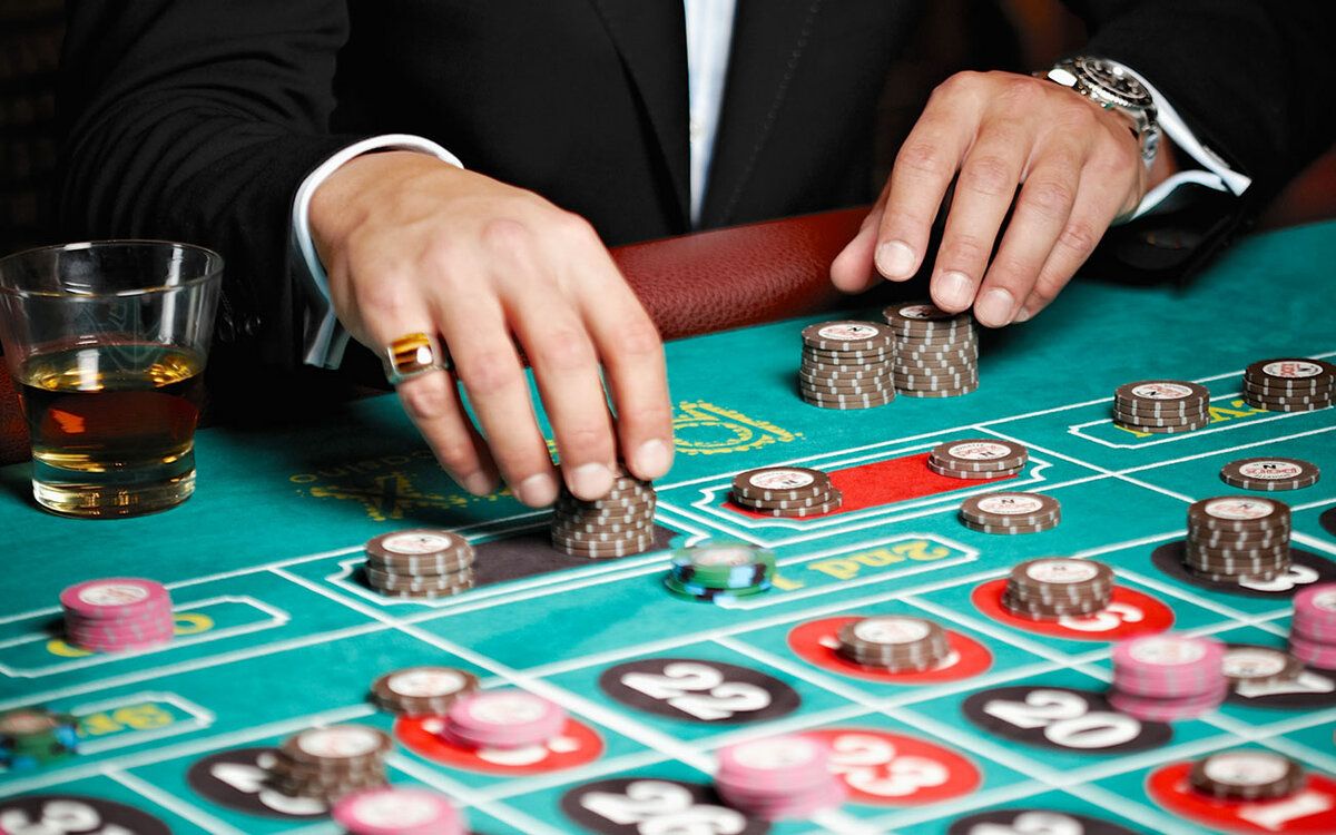 Онлайн-казино на рубли — это первый шаг к богатой жизни