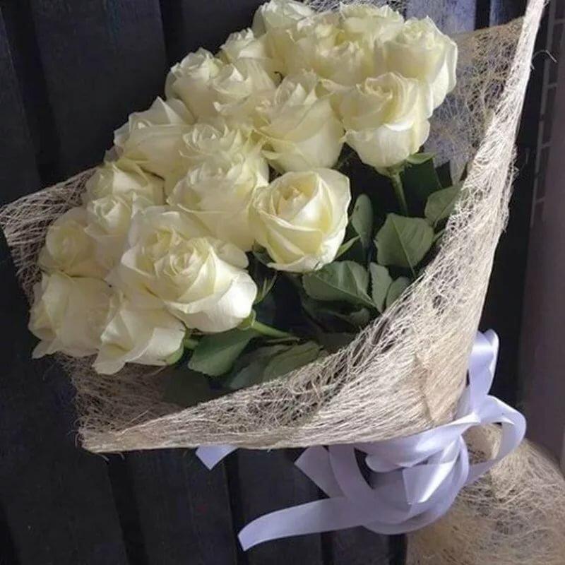 маленький букет цветов фото в реале сестры доброжелательные, заботливые