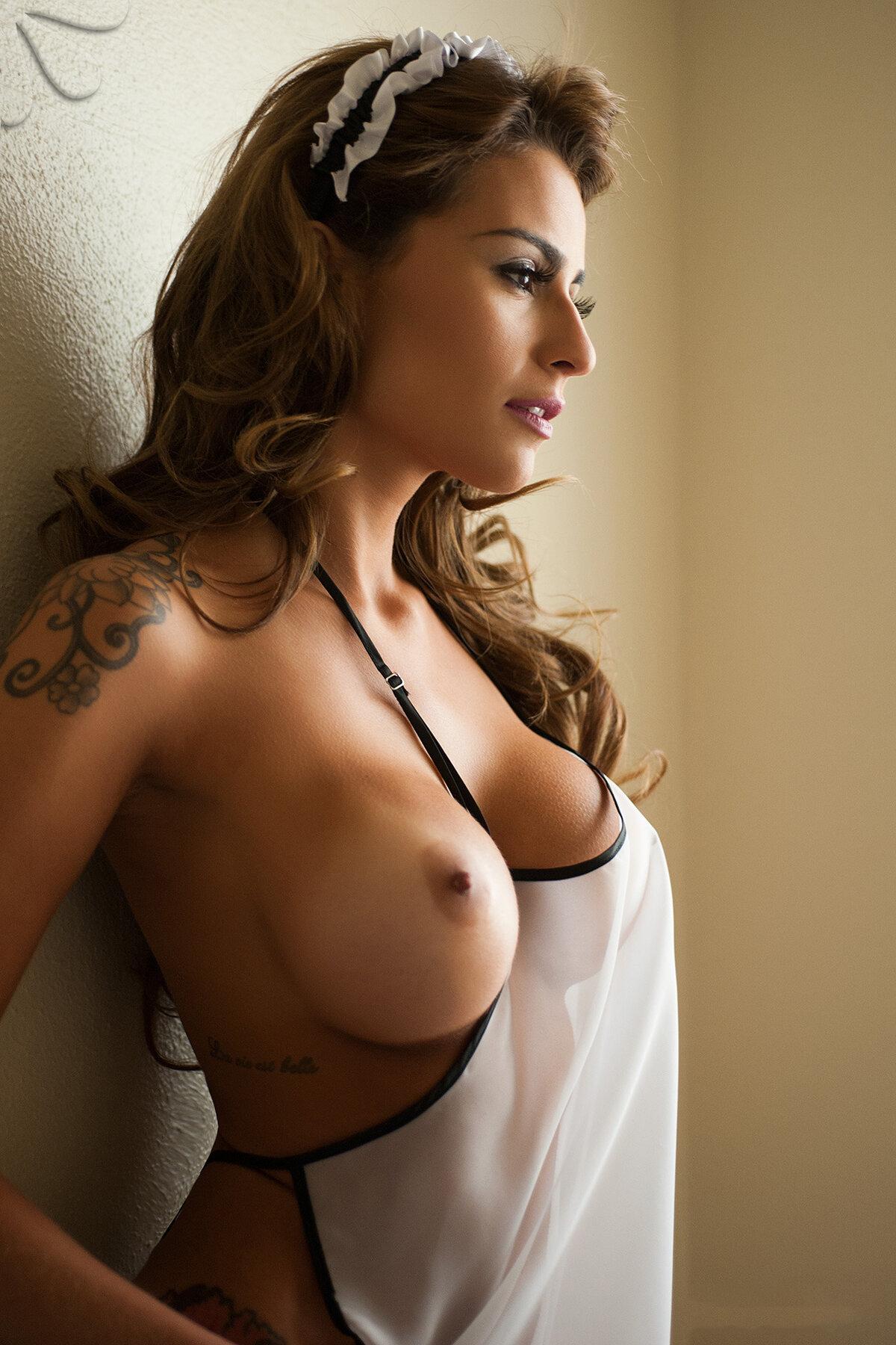 Hot babes nipples
