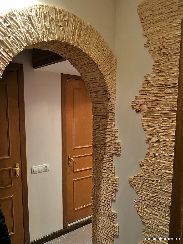картинки коридора декоративным камнем фото современно смотрятся модели