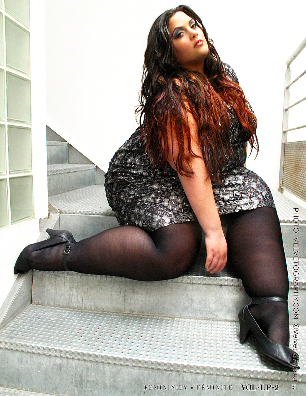 Chubby girls in high heels — img 10