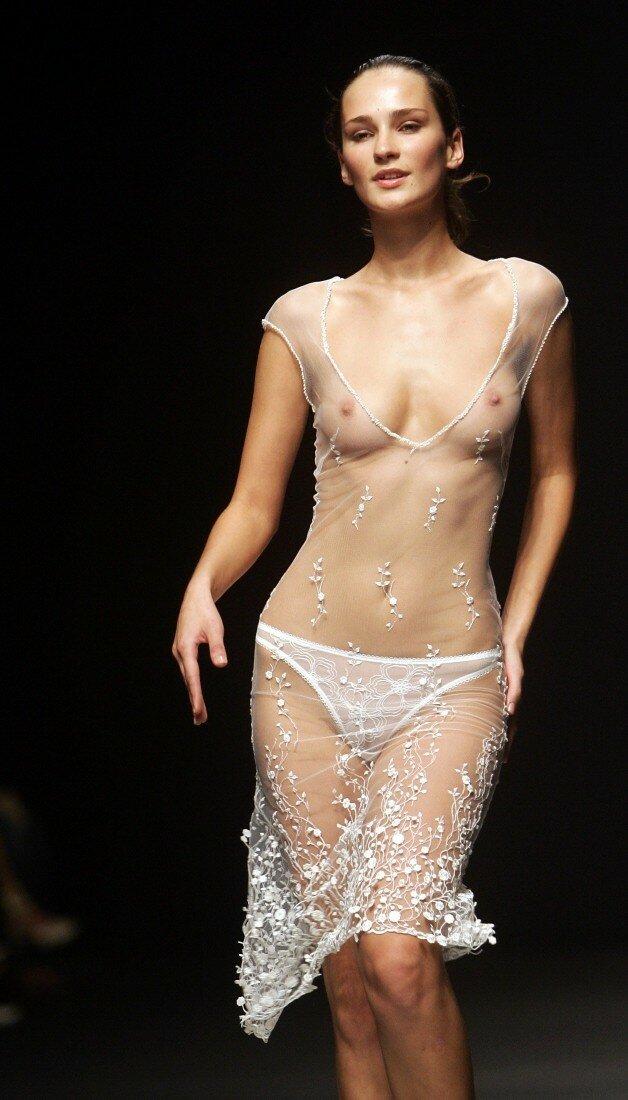 Female fashion models nude