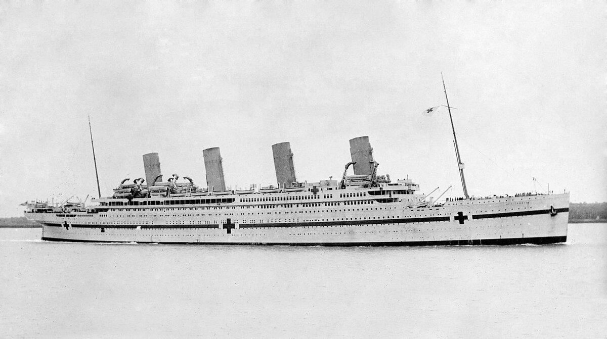 21 ноября 1916 года вЭгейском море затонул «Британик» — корабль-близнец «Титаника»