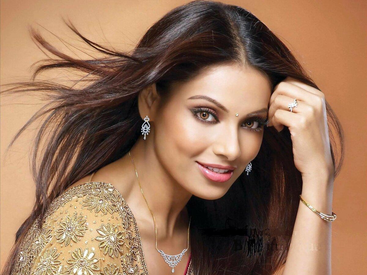 культура самые красивые картинки из индии актрисы мужчина