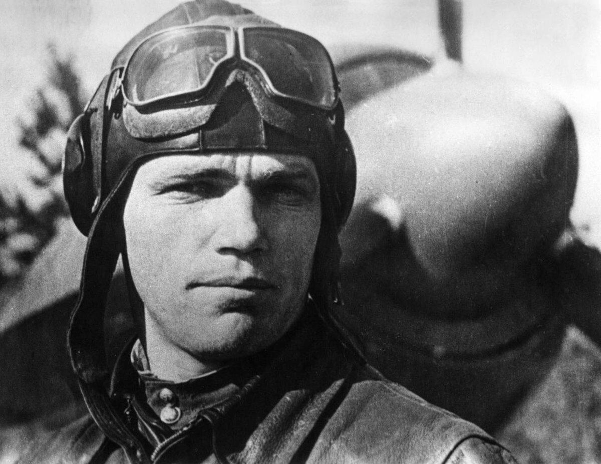 летчики вов герои советского союза там снегом