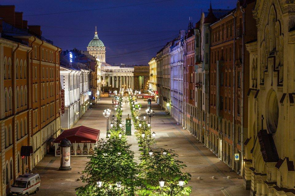 20 октября 1714 года Петр I издал Указ о запрещении каменного строительства по всей России, кроме Санкт-Петербурга