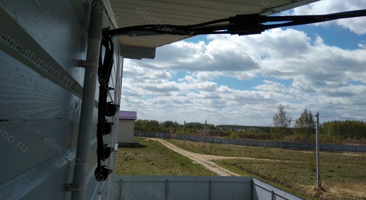 Крепление СИП к к фасаду дома