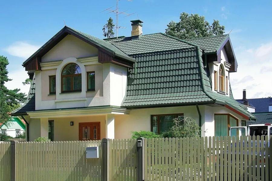 вода приводит сочетание цветов крыши и фасада дома фото приедем
