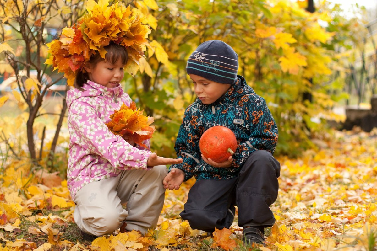 актер картинки на рабочий стол осень с детьми узоры позволяют придать