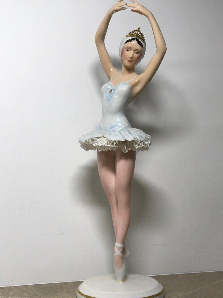 Ценные статуэтки балерин с фото
