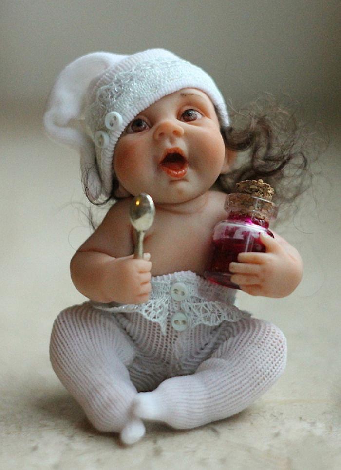 Картинка прикольная лялька, днем