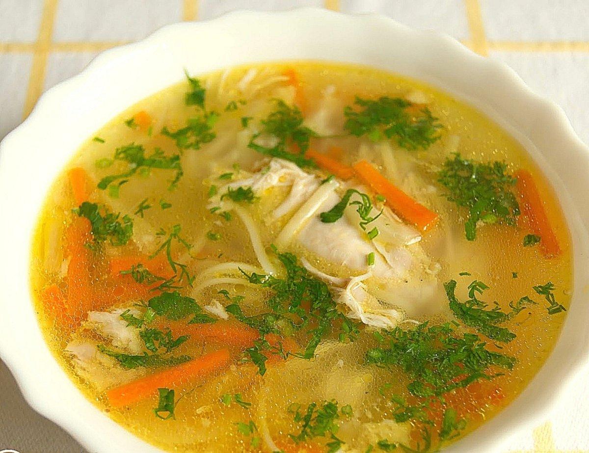 Основа здорового пищеварения – правильное питание, которое невозможно представить без горячего первого блюда на обед.
