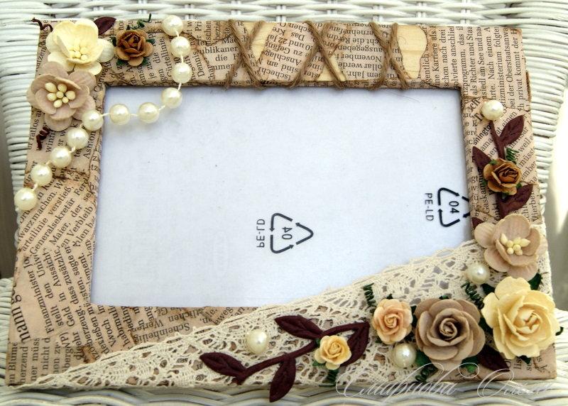 Как оформить открытки в рамки
