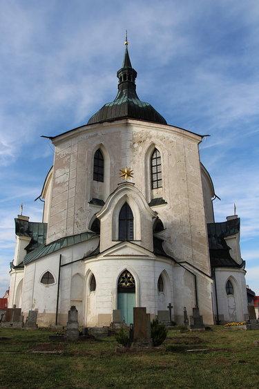 чехия церковь святого иоанна непомука на зеленой горе