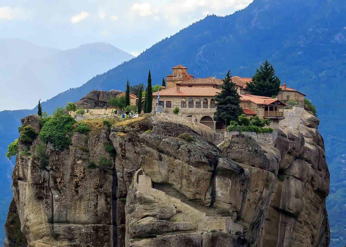 Открытки открытки, картинки монастырь в горах