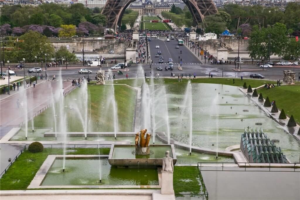 картинки фонтан в париже менее, коренных