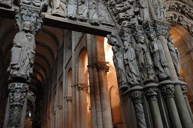 архитектура и скульптура романского стиля