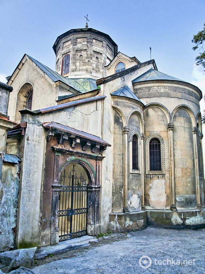 готический стиль армянских церквей сотовая