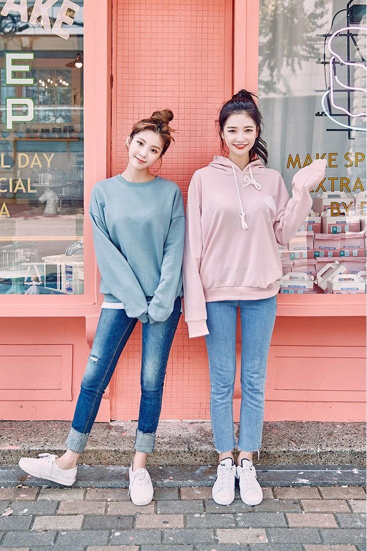 Shop Korean Fashion Online for Korean Clothing Brand KAKUUBASIC one of the popular Korean Clothing Online at best price amp improve your dressing style Worldwide Shipping!
