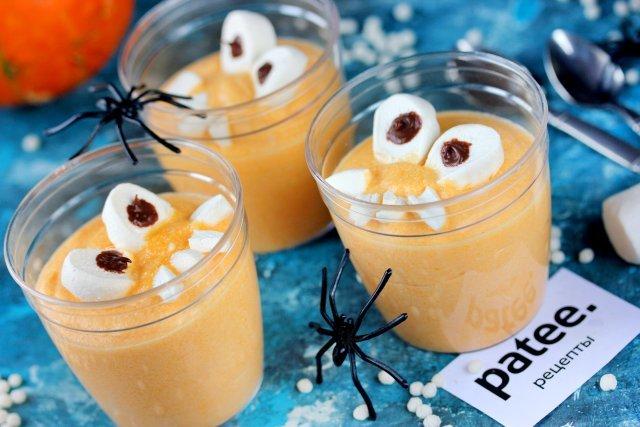 Готовим нежный десертный крем из тыквы и сливок в виде забавных монстриков на Хэллоуин