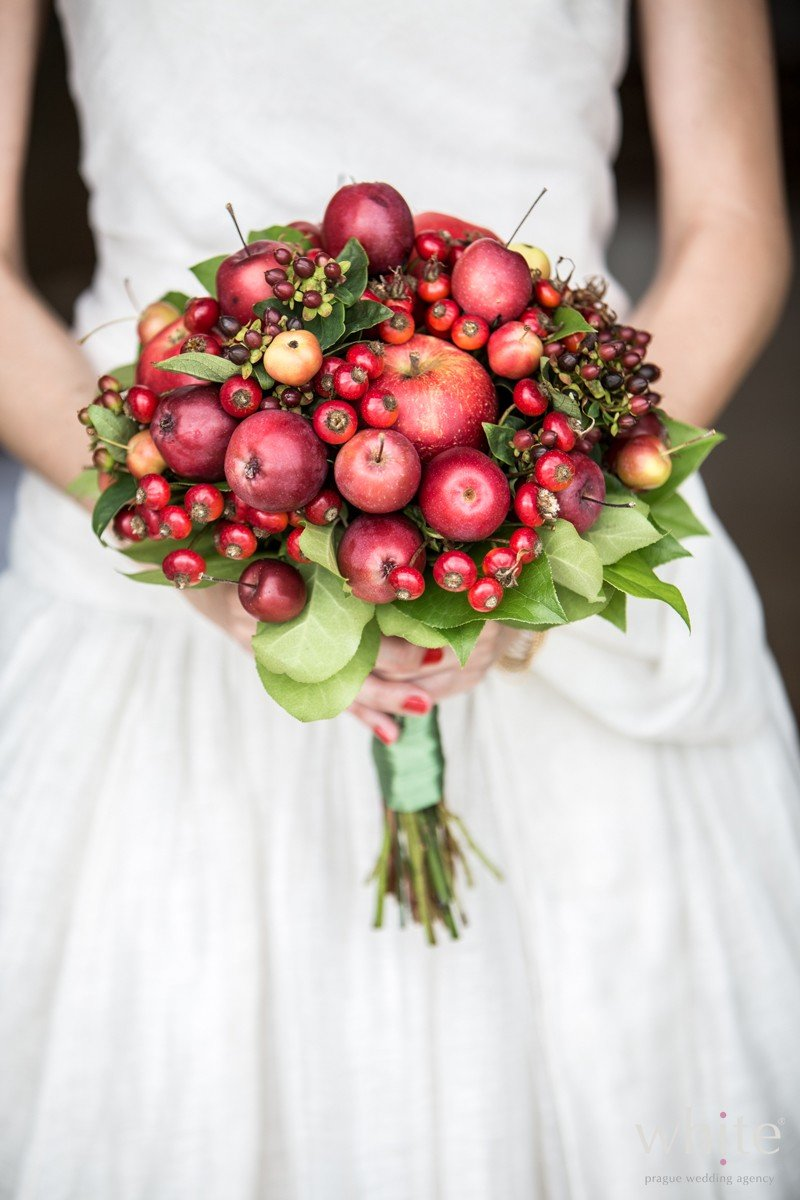 Ягоды в букете невесты, цветов онлайн уфа
