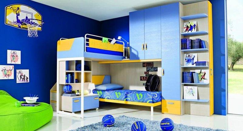 Сине-желтая детская для мальчишек