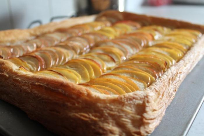 Яблочный пирог слоеное рецепт