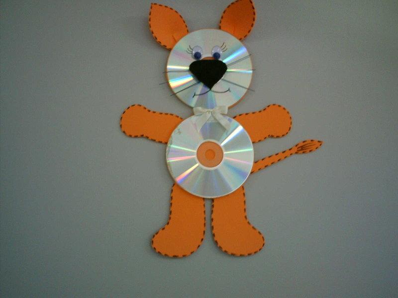 Поделки животных из дисков фото