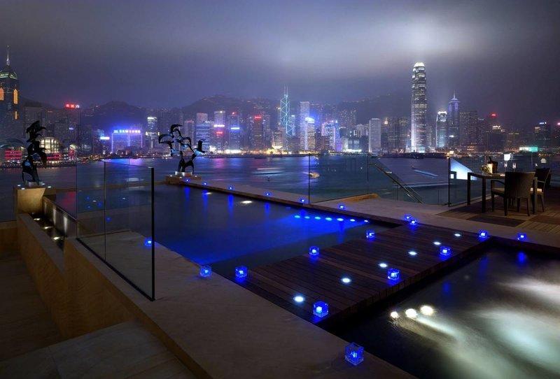 Вечерний вид на Гонконг