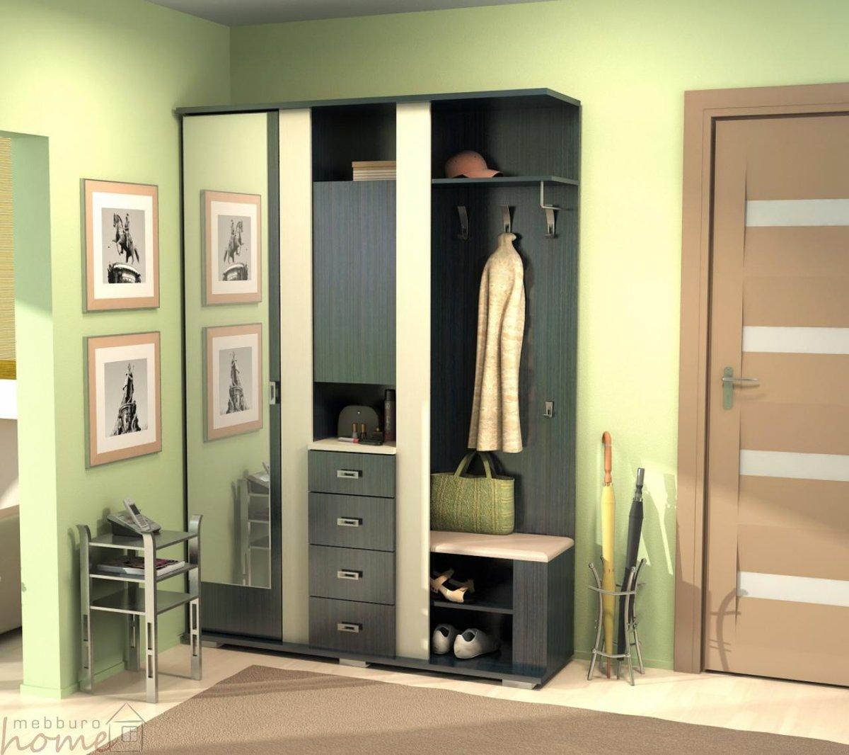 Вешалка - удачная альтернатива шкафу-купе для узкой прихожей.