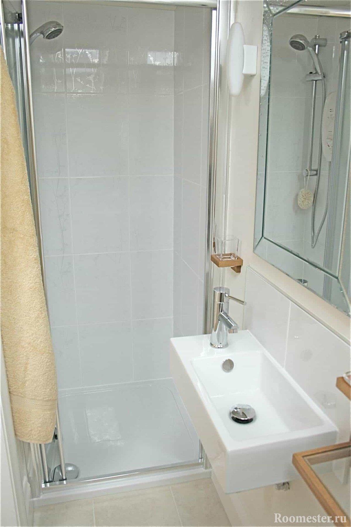 дизайн маленькой ванной комнаты без унитаза 6