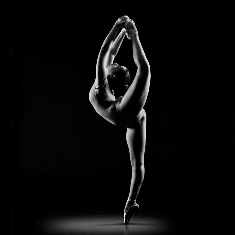 gibkost-balerin-foto-porno-s-pleyboya-vk