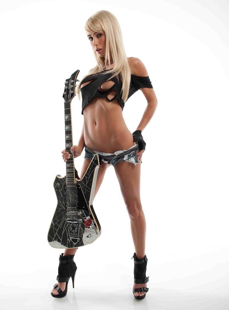 сексуальные девушки с гитарами