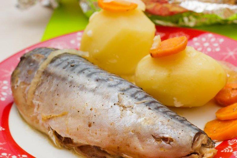 Скумбрия в фольге в мультиварке — кулинарный рецепт