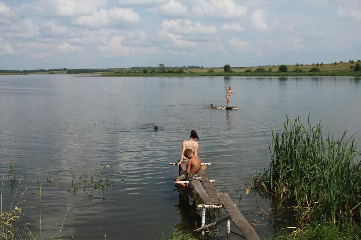 foto-s-derevenskih-plyazhey